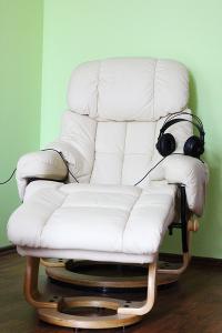 Hypnose im Relaxsessel mit Psychoaktiven Frequenzen und Subliminals
